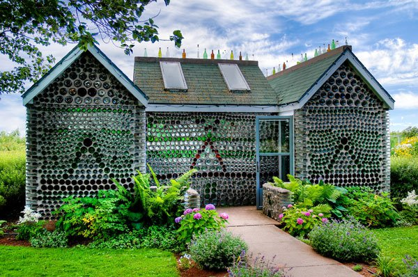 built by douard t arsenault this home in prince edward island canada is made out of recycled bottles would you want to live in a home made of - Extreme Houses