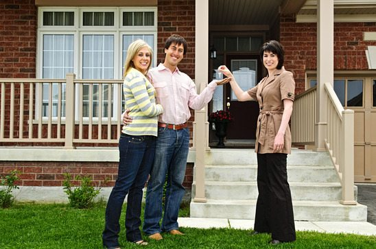 How to be a Successful Real Estate Agent (According to Your Clients)